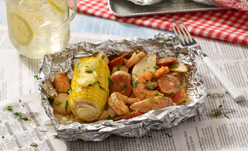 Grilled-Seafood-Boil-Foil-Packets_820x500.jpg