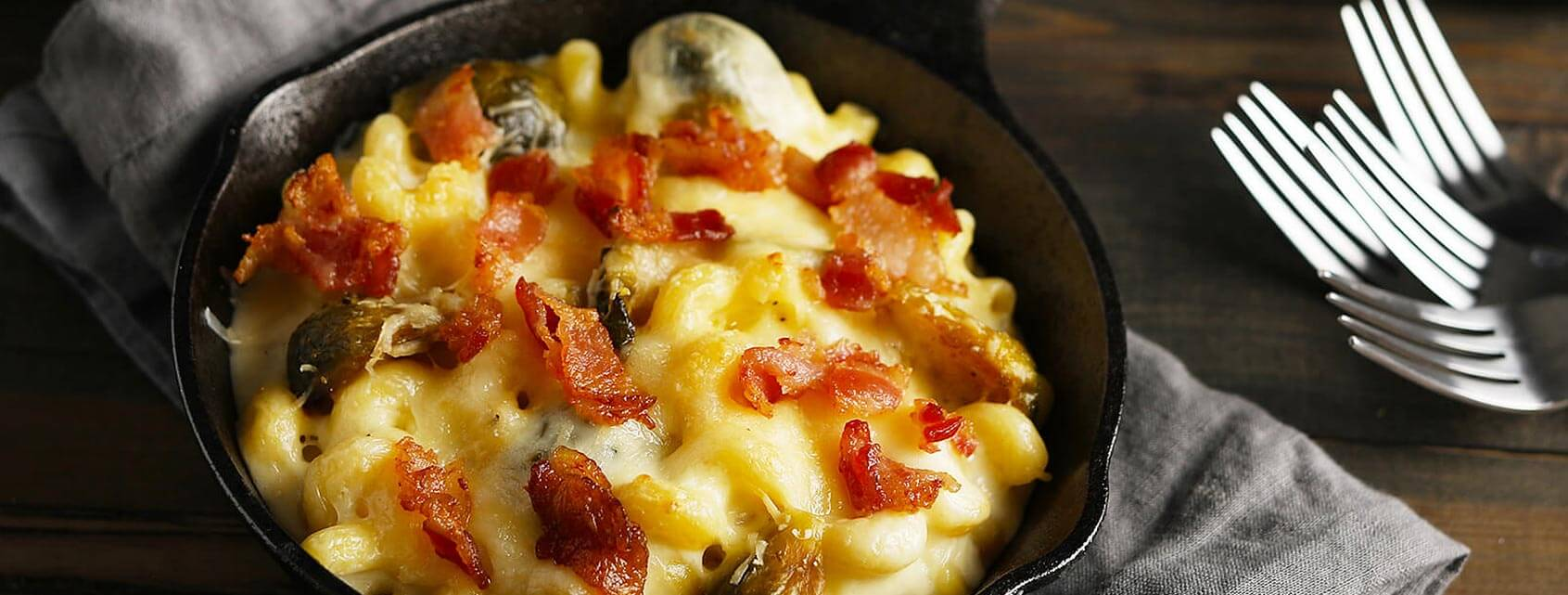 brussels-bacon-gourmet-mac-and-cheese.jpg