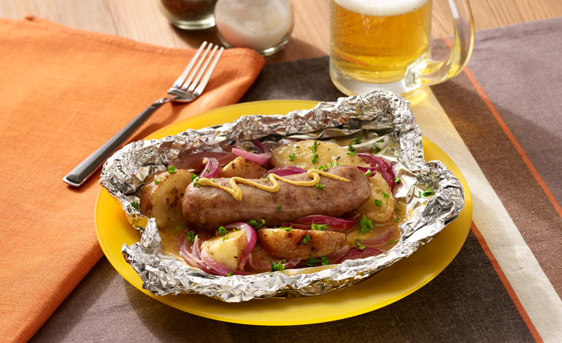 Grilled-Beer-Brats-and-Potatoes-Foil-Packets_820x500.jpg