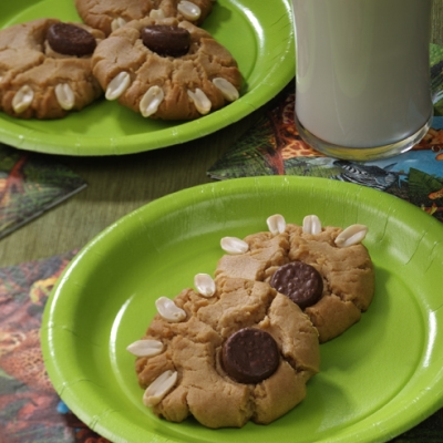 Peanutty Paw Print Cookies