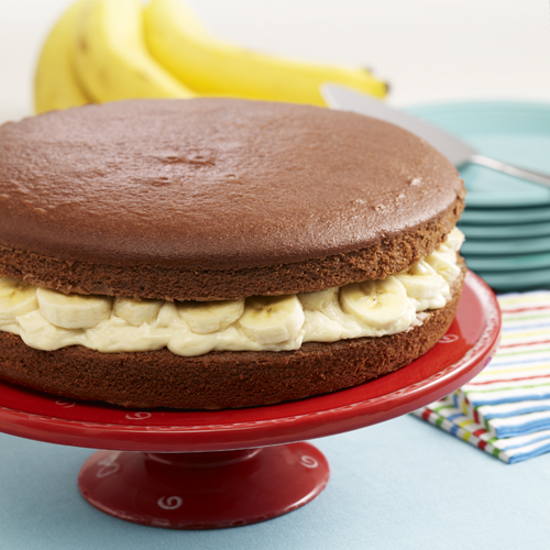 Giant Banana Cream Whoopie Pie
