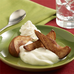 Sauteed Pear with Greek Yogurt