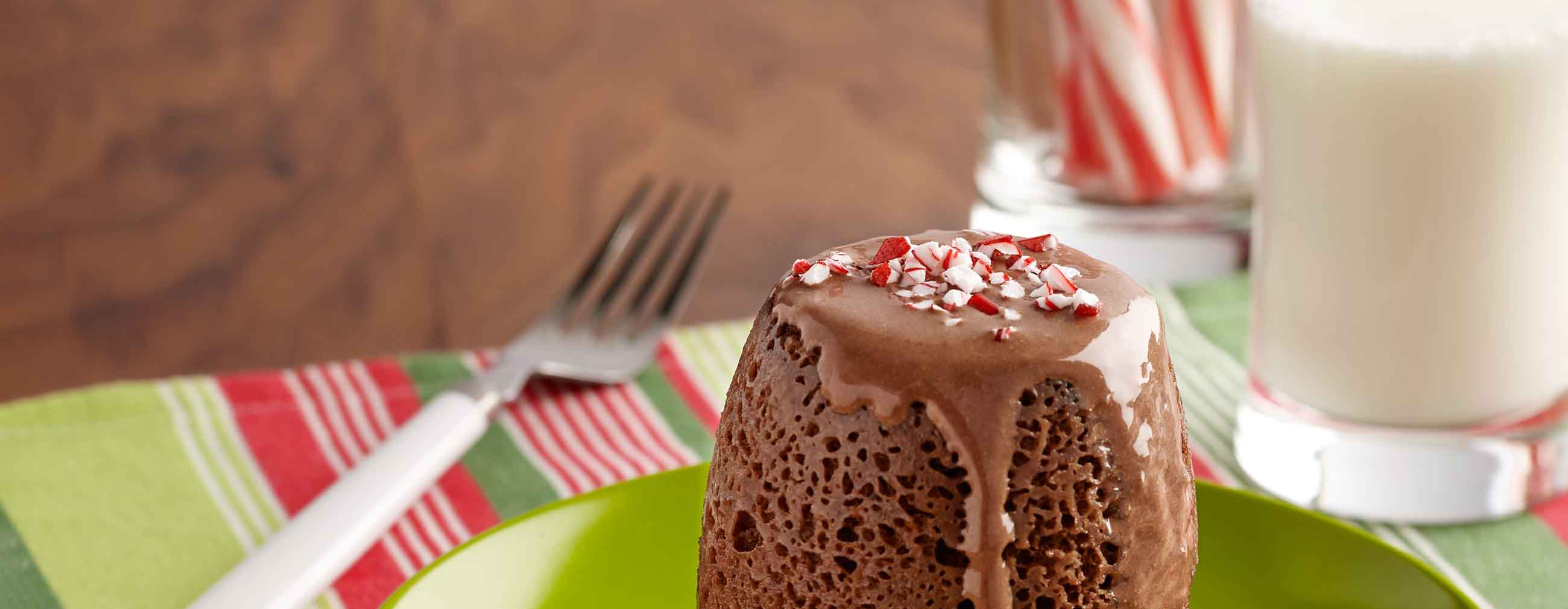 Chocolate Peppermint Mug Cakes