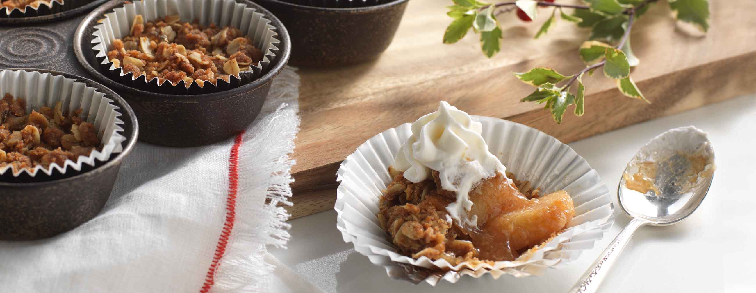 Apple Crisp Cups