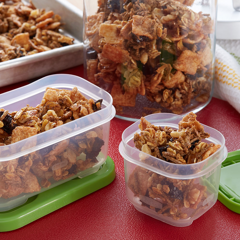 Maple Breakfast Snack Mix