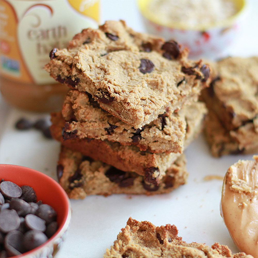 Peanut Butter Chocolate Chip Blondies With Protein-Packed Chickpeas