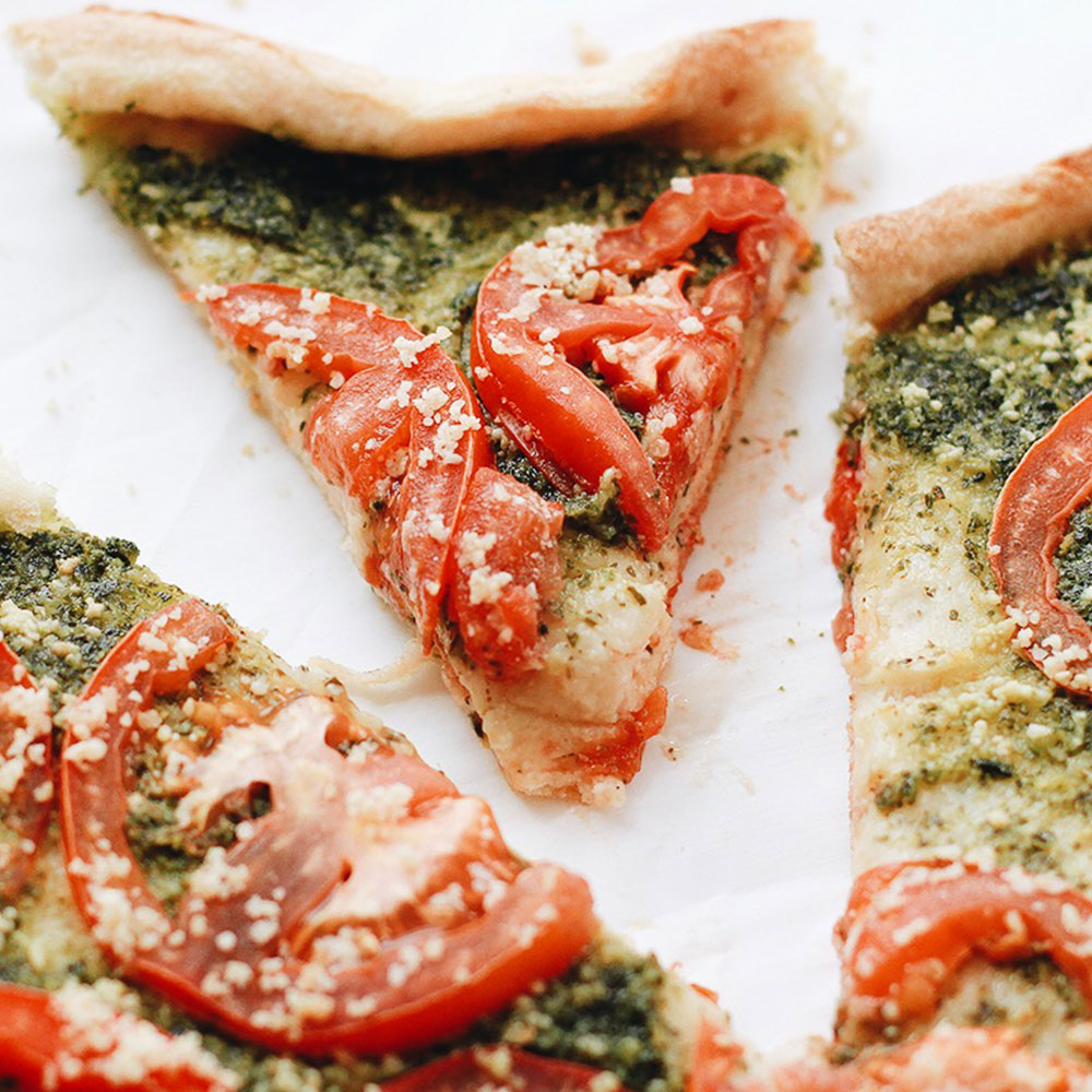 Plant-Made Pesto And Roasted Tomato Pizza